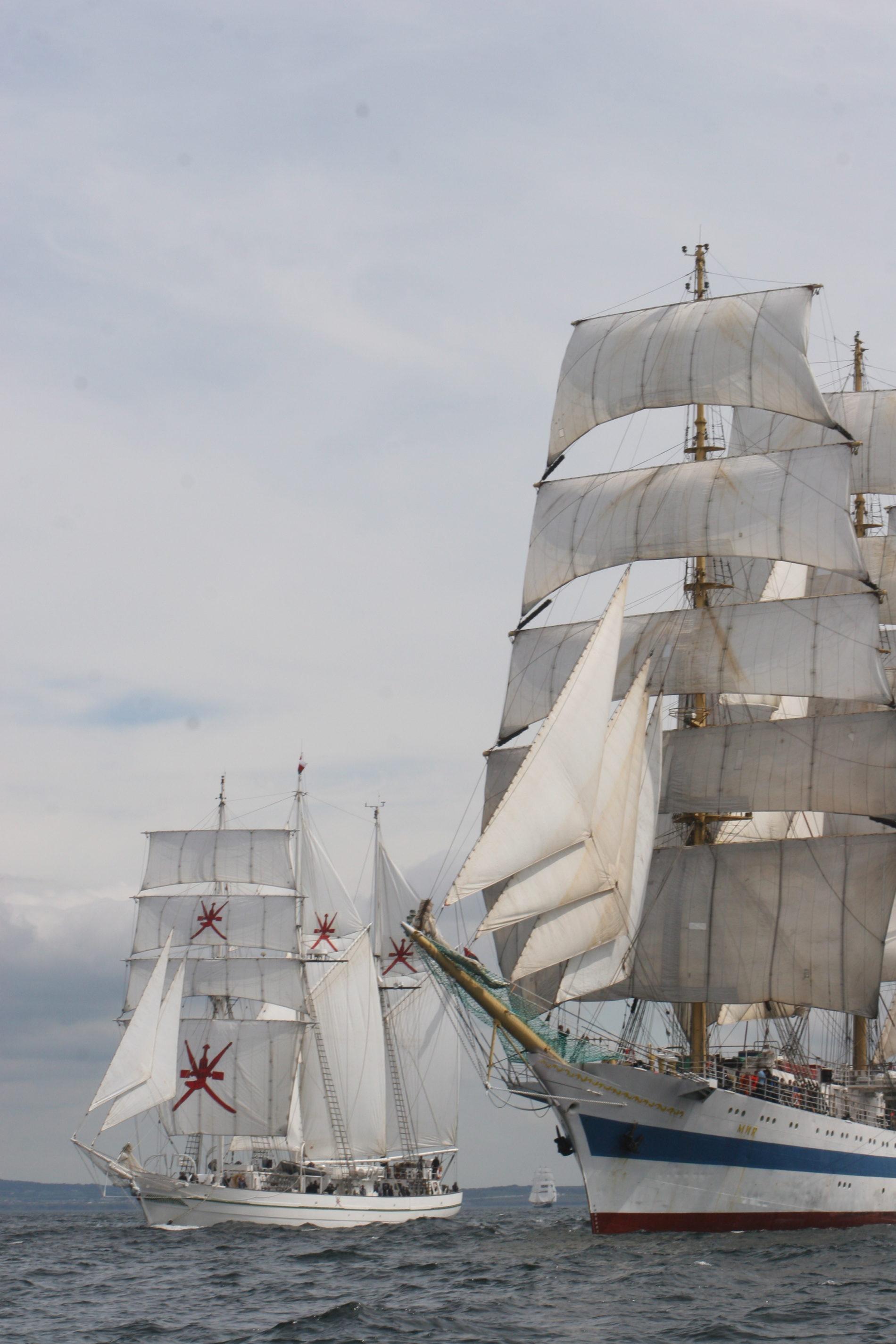 De masten van de MIR in de wind